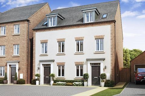 3 bedroom semi-detached house for sale - Marham Park, Bury St Edmunds