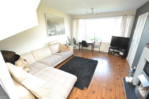 1 bedroom house share to rent - Montague Crescent, Garforth