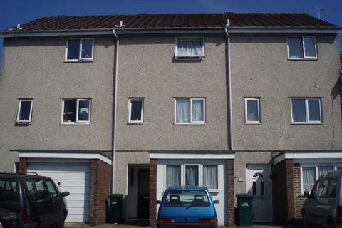 5 bedroom terraced house to rent - Broadfields, Moulscombe