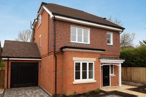 4 bedroom detached house for sale - 67 Falmer Road, Rottingdean, East Sussex, BN2