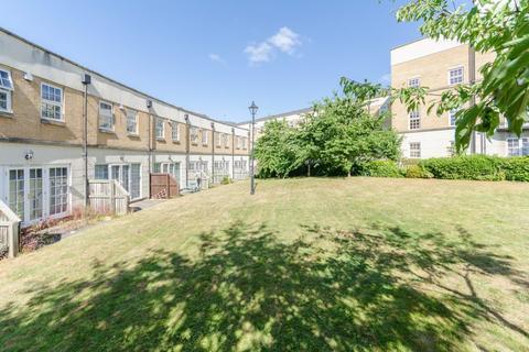 2 bedroom terraced house to rent - Bishopfields Drive, Leeman Road