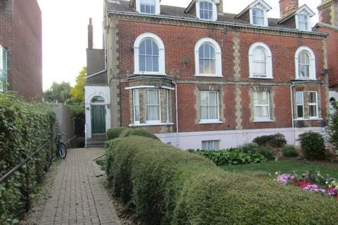 2 bedroom flat to rent - 1 Cliff Road, Dovercourt, Harwich CO12