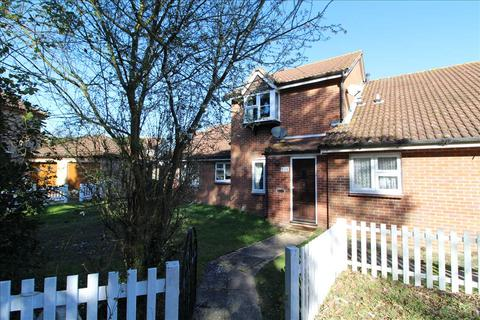 2 bedroom terraced house for sale - Eastwood Drive, Highwoods, Colchester