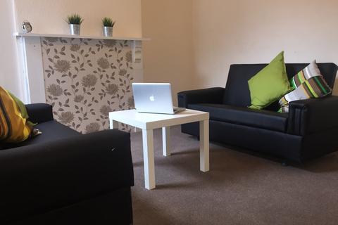 4 bedroom semi-detached house to rent - Albert Grove, Lenton, Nottingham, Nottingham NG7