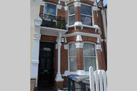 2 bedroom flat to rent - Peploe Road Kensal Rise