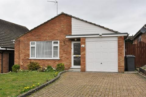 2 bedroom detached bungalow for sale - Hill View Road, Chelmsford, Essex
