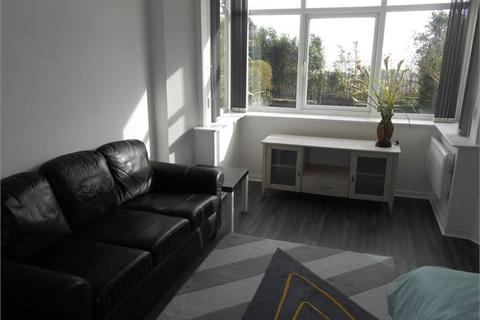 Studio to rent - The Promenade, Mount Pleasant, Swansea, SA1 6EN