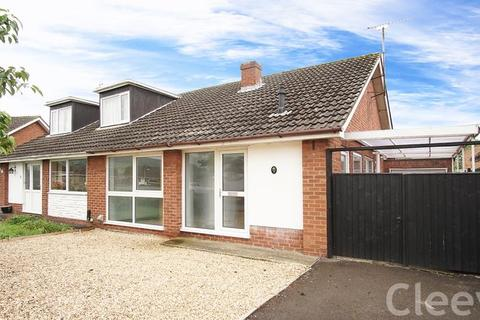 3 bedroom bungalow for sale - Selborne Road, Cheltenham