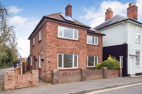 3 bedroom detached house to rent - London Road, Maldon