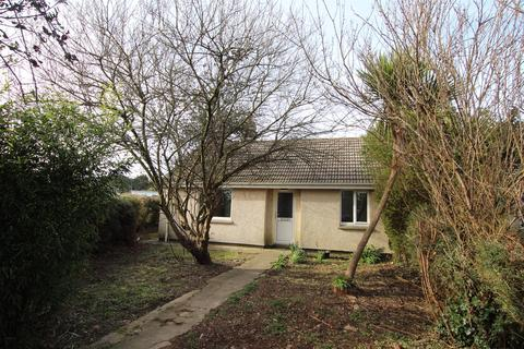 2 bedroom semi-detached bungalow for sale - Lower Parc Estate, Gweek