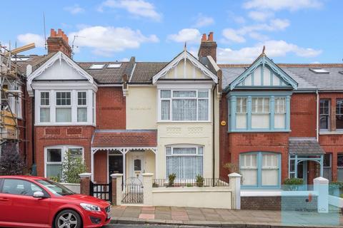 3 bedroom house for sale - Hollingbury Park Avenue, Brighton, BN1