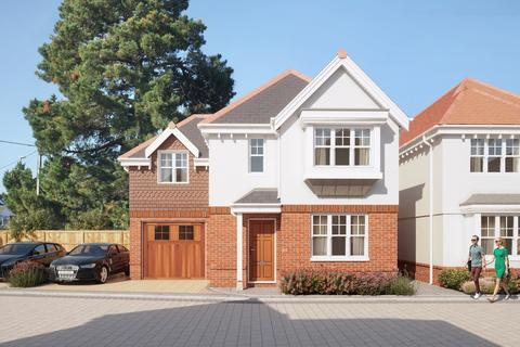 4 bedroom detached house for sale - Melbury Gardens, Upton