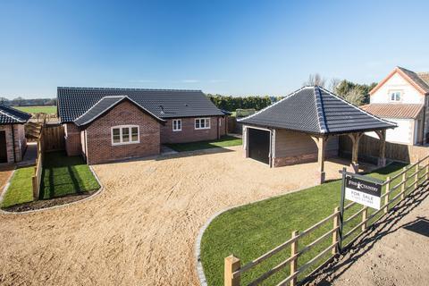 3 bedroom detached bungalow for sale - Ashill