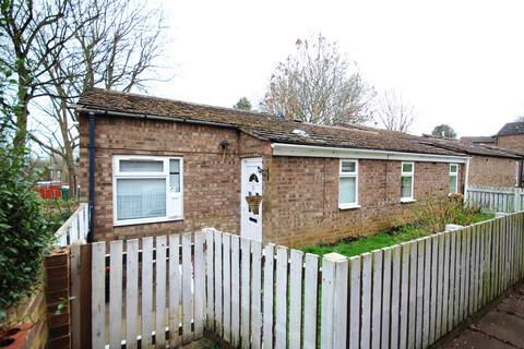 2 bedroom bungalow for sale - Sandpiper Lane, Wellingborough NN8
