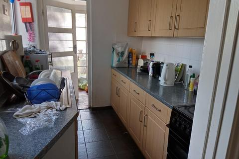 4 bedroom terraced house to rent - Ryde Road, BRIGHTON BN2