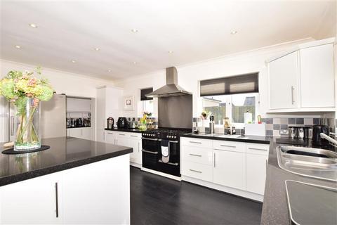 5 bedroom detached house for sale - Springvale, Wigmore, Gillingham, Kent