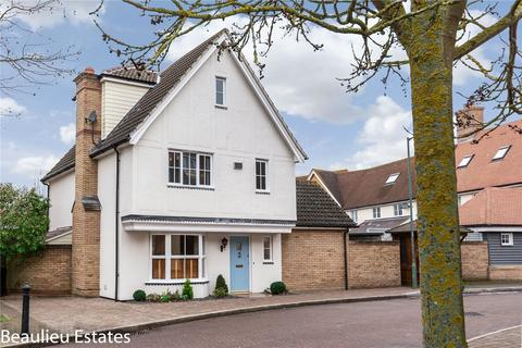 4 bedroom detached house for sale - Louvain Drive, Beaulieu Park, Chelmsford, Essex, CM1