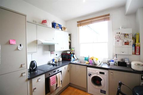 2 bedroom flat to rent - Evelina Road, Nunhead
