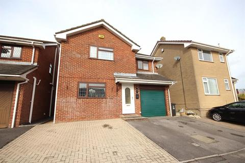4 bedroom detached house for sale - Sandyhurst Close, West Canford Heath, Poole