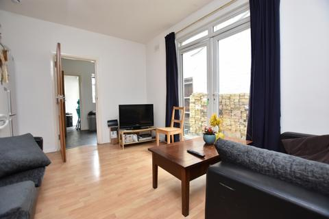 6 bedroom house share to rent - Vernon Road, London
