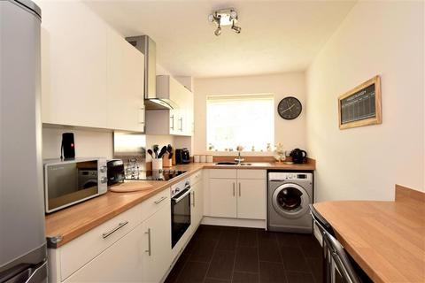 1 bedroom ground floor flat for sale - Old Salts Farm Road, Lancing, West Sussex