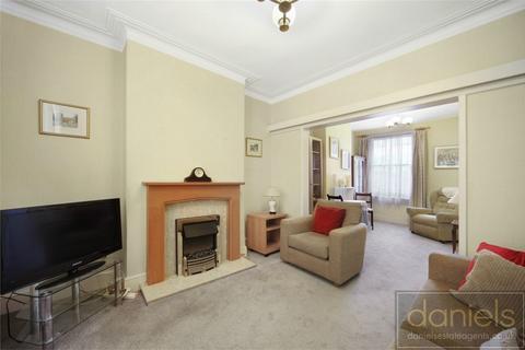 3 bedroom cottage for sale - Ilbert Street, Queens Park, London
