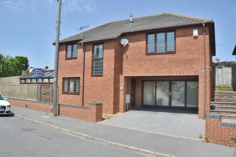 4 bedroom detached house for sale - Branksome, Poole, BH12 1NS