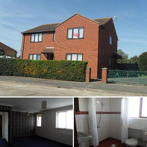 2 bedroom flat to rent - Firethorn House, Marlborough Close, Clacton-on-Sea, Essex, CO15 2BU