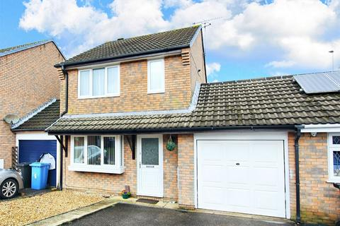 4 bedroom link detached house for sale - Hooke Close, Canford Heath, POOLE, Dorset