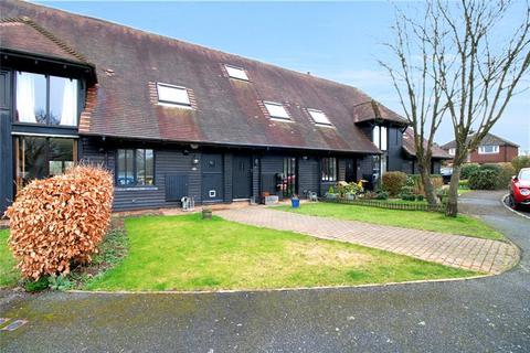 3 bedroom barn conversion for sale - Homeside Farm, Bossingham, Canterbury