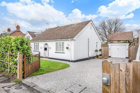 3 bedroom detached house for sale - Ellis Road, Crowthorne