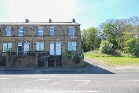 3 bedroom apartment to rent - Caroline Terrace, Blaydon