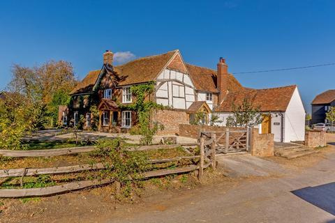 5 bedroom farm house for sale - Crendon Road, Shabbington