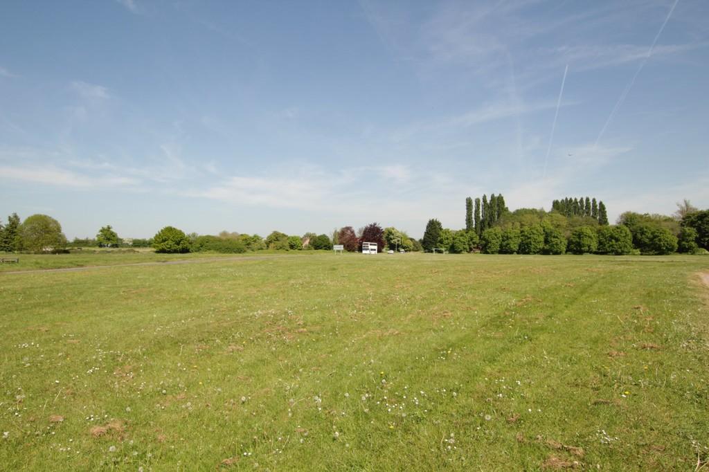 Stadhampton Village Green