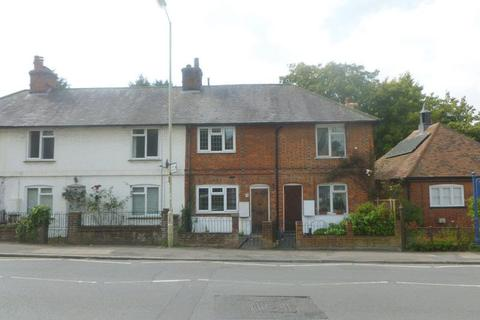 3 bedroom cottage to rent - Brook Street, Tring