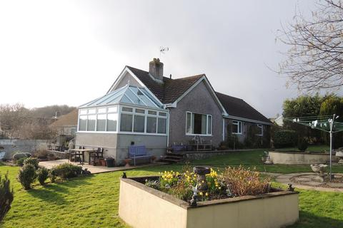 3 bedroom detached bungalow for sale - Knightor Close, Trethurgy, St. Austell