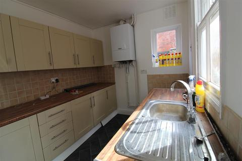 3 bedroom house to rent - Victoria Avenue, Leicester