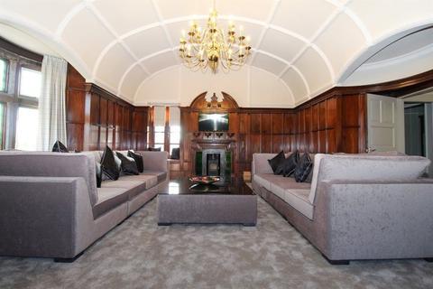 2 bedroom flat to rent - MONTGOMERY DRIVE, GIFFNOCK, GLASGOW, G46 6PY