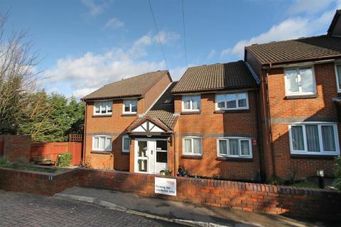 2 bedroom retirement property for sale - Richfield Road, Bushey