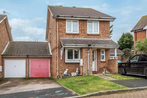 3 bedroom house for sale - Chartwell Close, Seaford