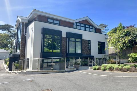 3 bedroom apartment for sale - Stunning Duplex Garden Apartment, Wyke
