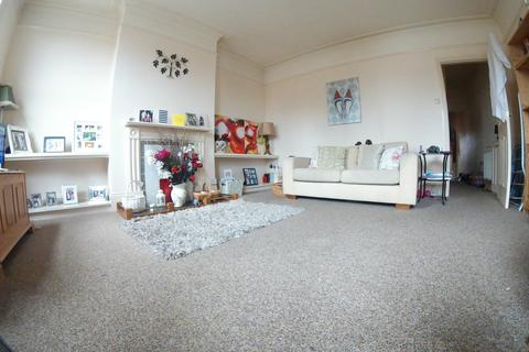 2 bedroom maisonette to rent - Church Road, Caversham