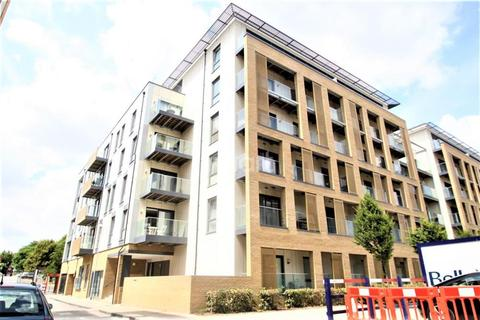 2 bedroom flat to rent - Watson Heights