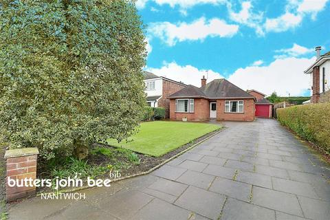 2 bedroom bungalow for sale - Crewe Road, Shavington