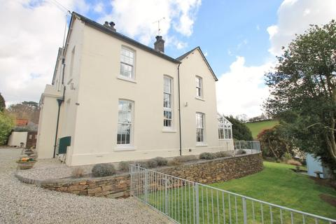 5 bedroom detached house for sale - Grenville Road, Lostwithiel, Cornwall