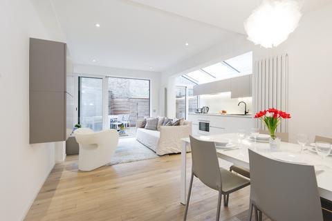 2 bedroom flat to rent - Mirabel Road, Fulham, London