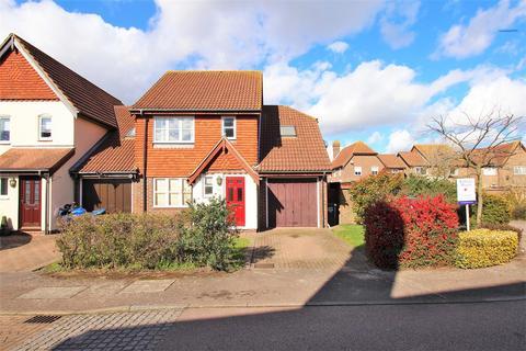 4 bedroom link detached house for sale - Landale Gardens, Dartford
