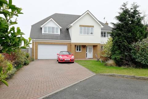 5 bedroom detached house for sale - Cwrt Gwyntog, Trelogan, Holywell