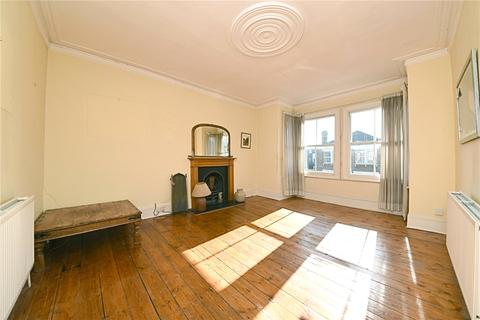 2 bedroom semi-detached house for sale - Northbrook Road, Bowes Park, London, N22