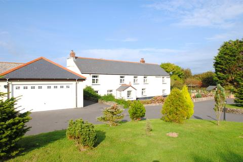 5 bedroom detached house for sale - Mullacott Cross, Nr. Woolacombe